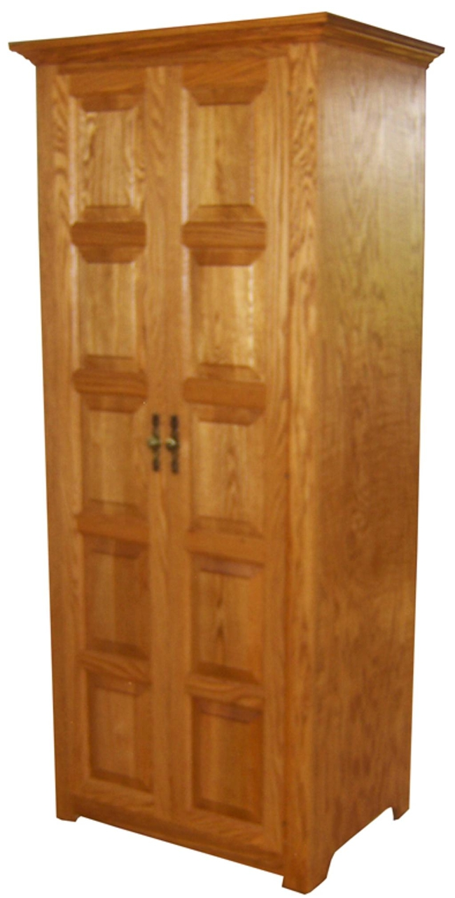 Wardrobe w/Pull-Out Shelf (closed)