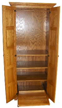 Wardrobe w/Pull-out Shoe Shelf (open)